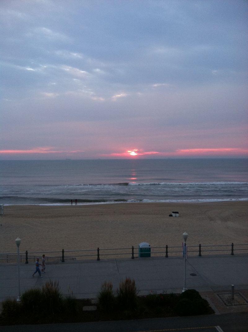 Sunrise.vabeach.2011