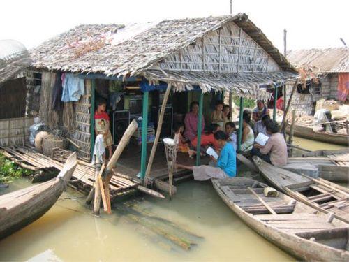 Floatingvillage1